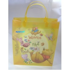 Winnie the pooh plastic gift hand bag-yellow